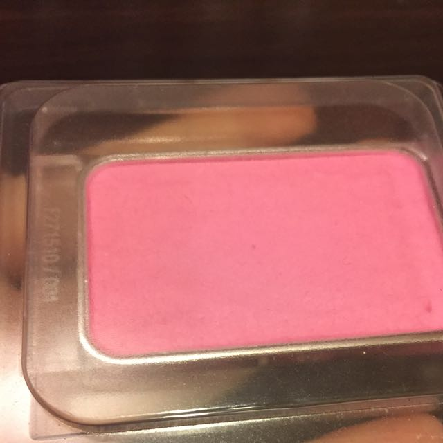 Dior玫瑰粉彩頰補充餅