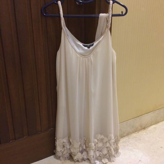 Dress Pesta Cream Merk New Look