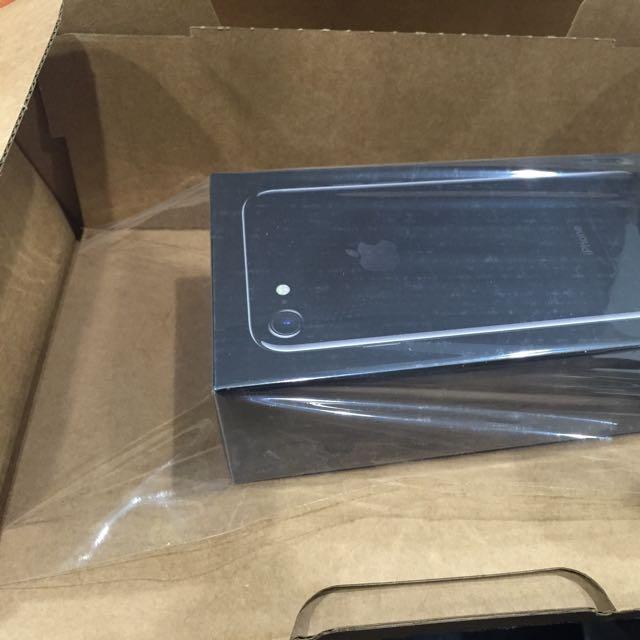 iPhone 7 128G 全新未拆 亮黑