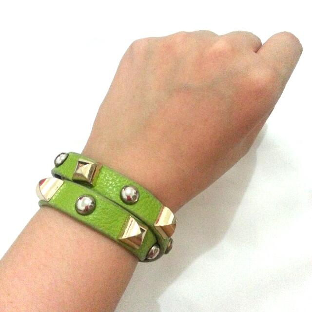 Lightgreen Bracelet