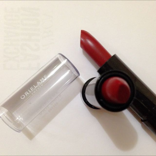 Lipstick Murmer