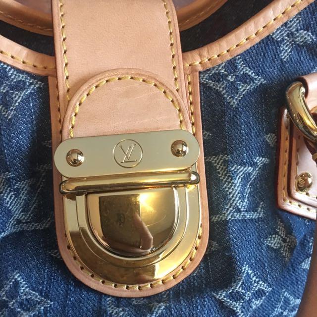 Louis Vuitton Monogram Denim Pleaty