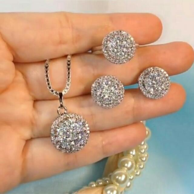 Micro Diamond Set ( Kalung, Anting, Cincin )