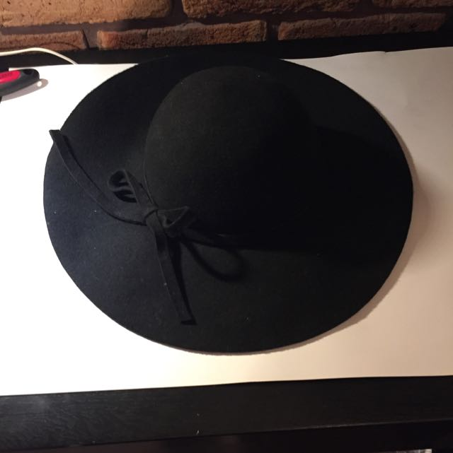 Mooloola Floppy Circle Hat