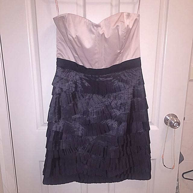 Niccola Finetti Size 12 Strapless Cocktail Dress