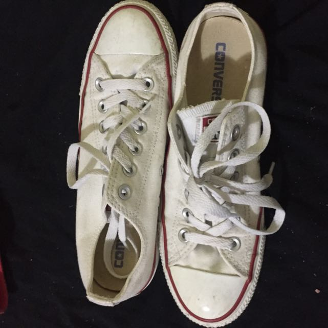 *REDUCED* White Converse Chuck Taylor