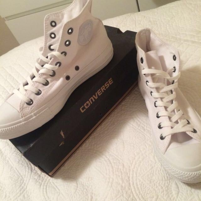 White Converse Size 9 Men's