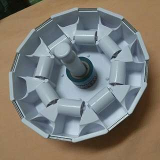 指膠帶收納轉轉盤 (只有打開) 付8個紙膠帶