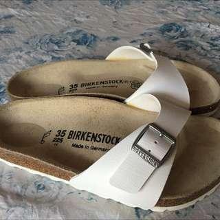 BIRKENSTOCK 馬德里單片 白色拖鞋