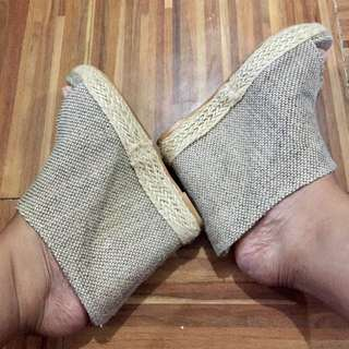 Scarl Espadrille Wedge Size 9 but fits size 8 too 4 to 5 inches
