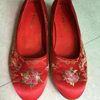 中式結婚褂鞋 Traditional Chinese Wedding shoes (Embroidered Pattern) #sellitnow