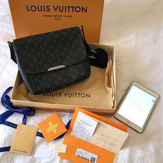 Genuine Leather LV Men Bag