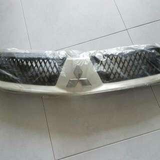 Mitsubishi Lancer CS3 Front Grill (White)