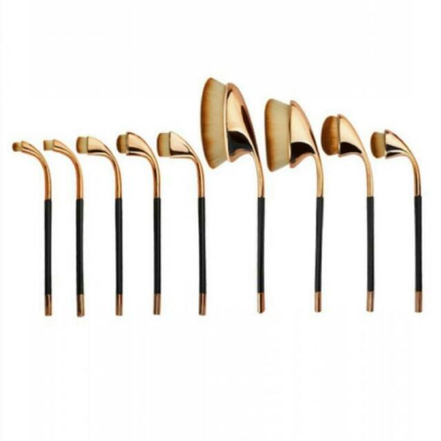 9 PC's Oval Makeup Brushes ( Free Shipping )