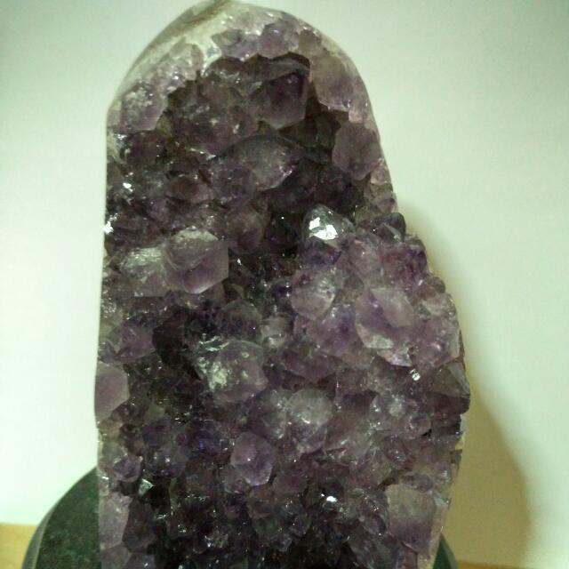 乌拉圭天然紫水晶