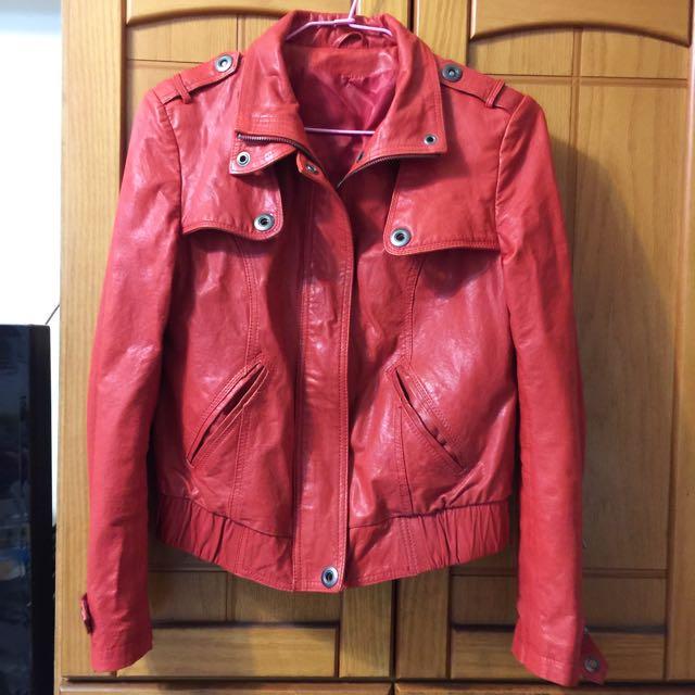 紅色真皮外套