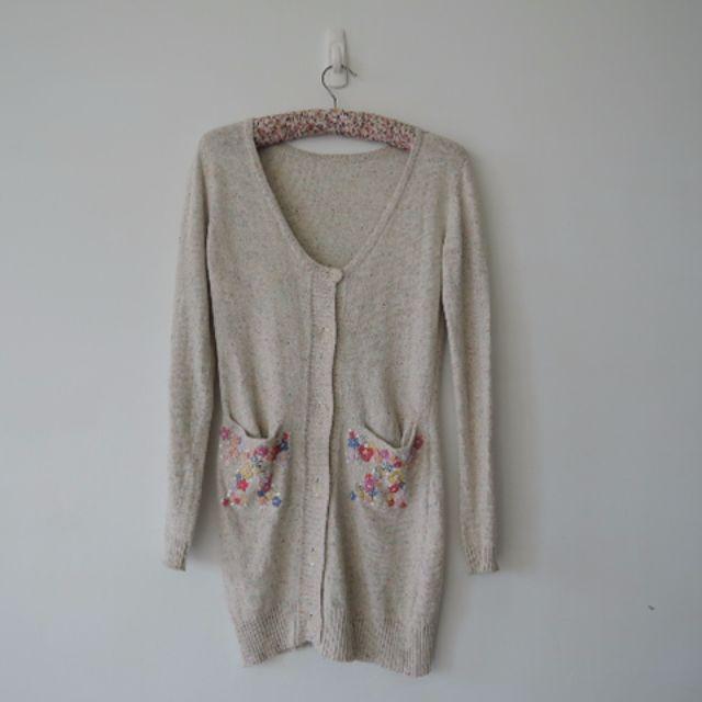 日本少女品牌 精緻刺繡優雅米彩針織罩衫外套