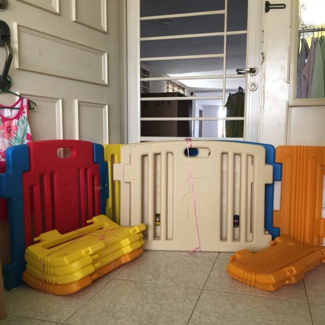 2 Sets Of Baby Safety Fence