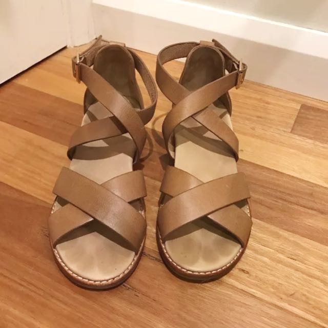 """BARED Footwear """"Robin"""" Leather Brown Sandals Size 36"""