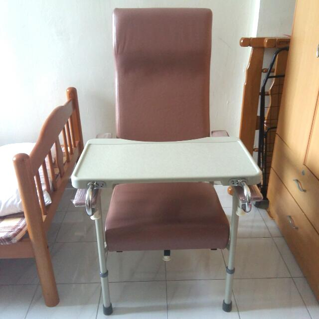 Groovy Chair With Meal Tray Mainly For Elderly Furniture Tables Beutiful Home Inspiration Semekurdistantinfo