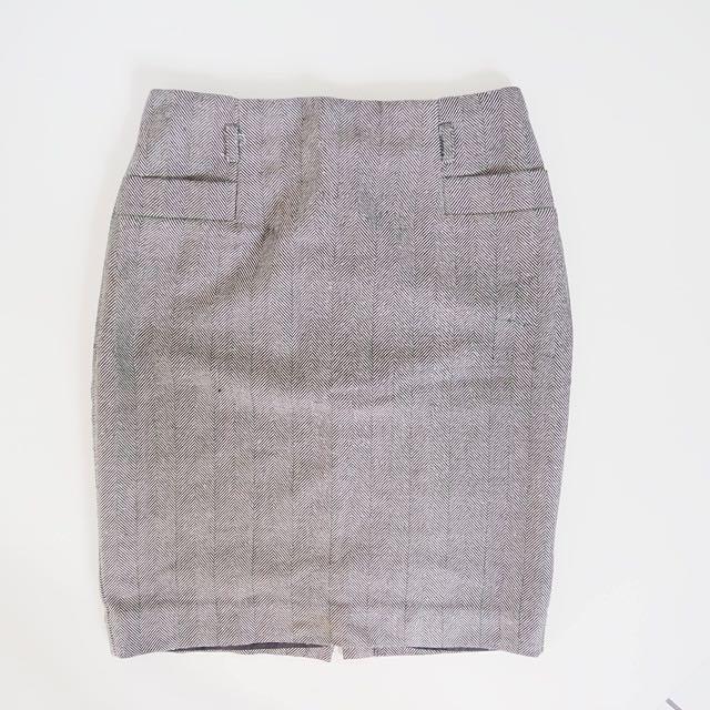 H&M Brown Pencil Skirt