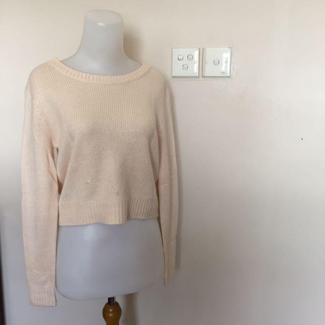 HnM pink sweater