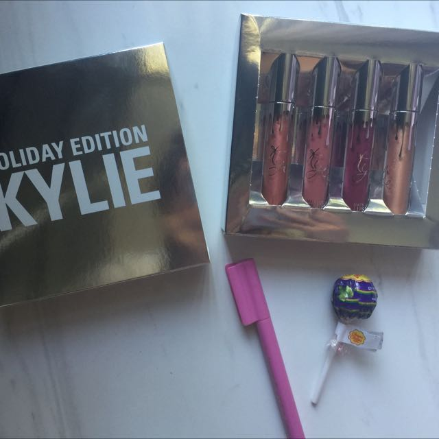 Kylie's 4 full-size Holiday Set