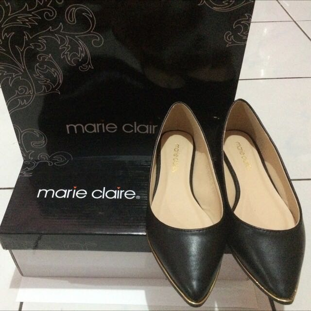 Marie Claire Flat Shoes (Black)