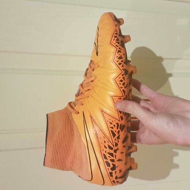 Nike Hypervenom Phantom 2     US9.5
