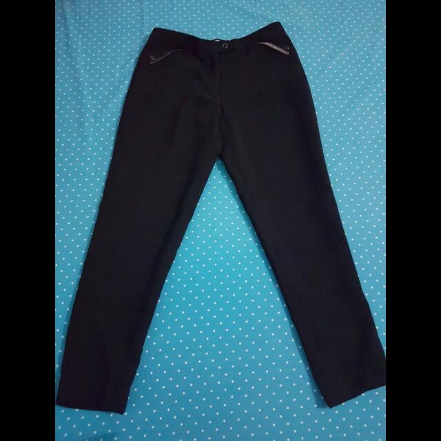 Sale! Preloved Avenue Black Trousers Fit S-M