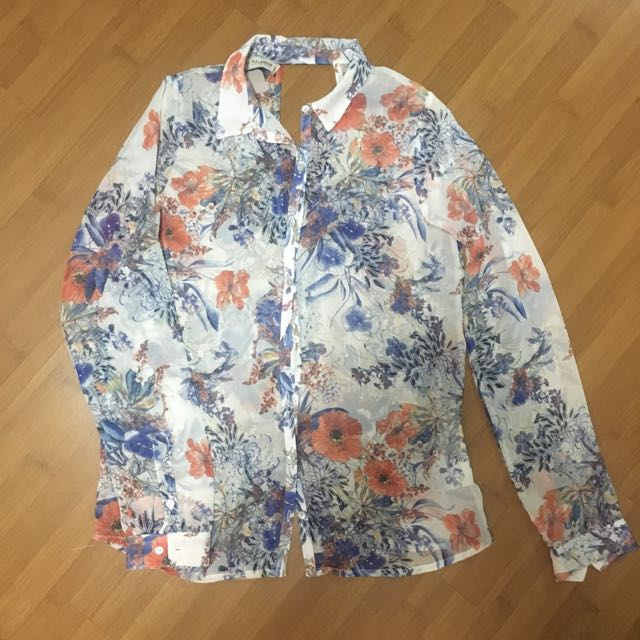 (Preloved) Pull & Bear Top
