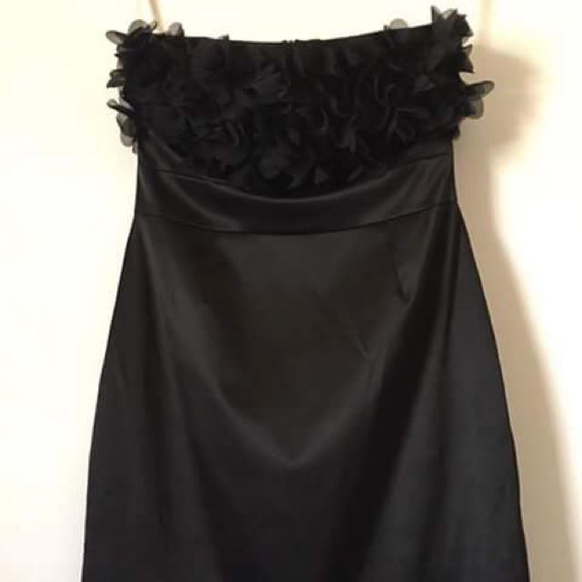 Review Black Cocktail Dress