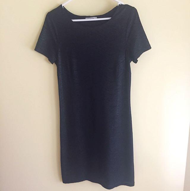 Ripple T-Shirt Dress Size 6