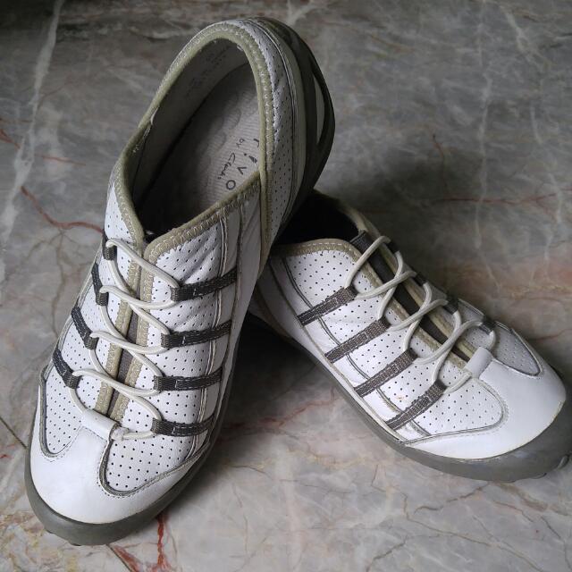 7065e8e51a6e3 shoes authentic privo by Clark