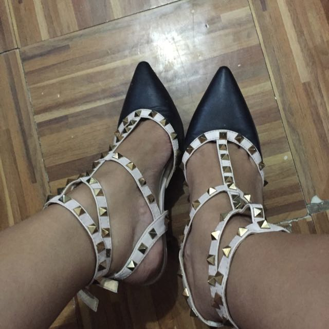 Valentino inspired rockstud kitten heels Size 9 but also fits size 8