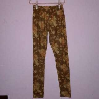 Celana Ketat / Legging Bunga Elegan
