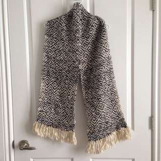 Loft Knitted Winter Scarf