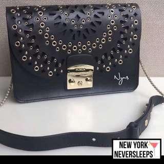 🎉獨家💃🏻👏🏼美國正品2017 Furla metropolis Bolero Shoulder bag ( 黑色)另有其他色 ,快斷貨!