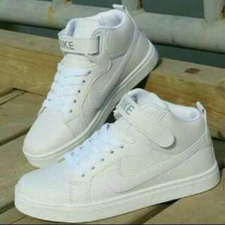 Boots Nike White