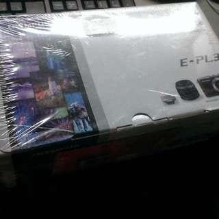 全新 不保固 OLYMPUS E-PL3 + 14-42mm 單眼相機