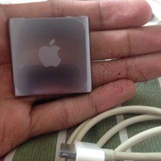 IPOD NANO 16GB W/ MINI BAG JBL