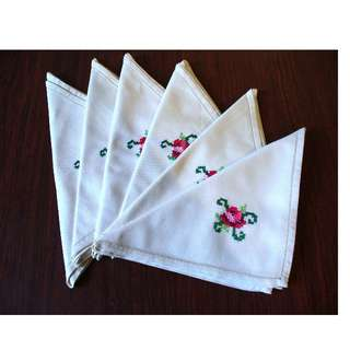 Vintage Heavy Linen Napkins x 6  with lovely Embroided Flowers - vintage textiles