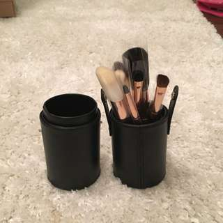 Morphe Cosmetics 7-Piece Rose Gold Travel Brush Set