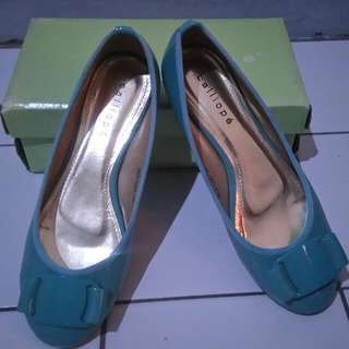 Sepatu Callipo
