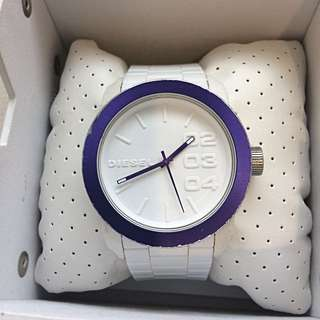 Authentic DIESEL Womens White Silicone Strap Watch DZ1459