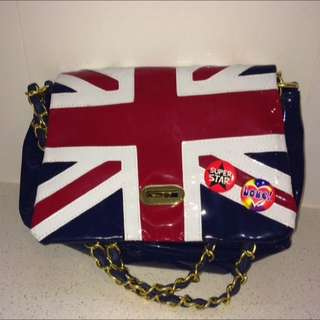 Trendy Messenger Bag From London
