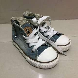 兒童帆布鞋