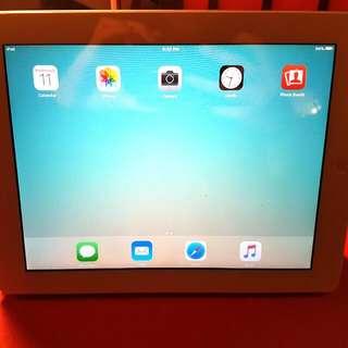 iPad 2 64GB + Smart Case