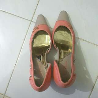 Sepatu BONIA