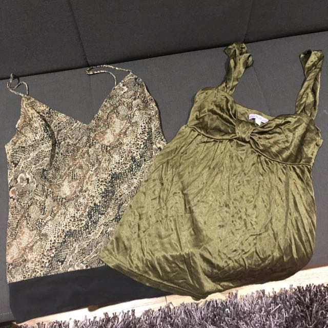 2 X Museum Tops - Size 1